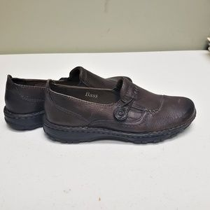 Bass Bradshaw Brown Leather Loafers with Button